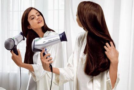 روش صحیح شست و شو ی موهای بلند در خانم ها
