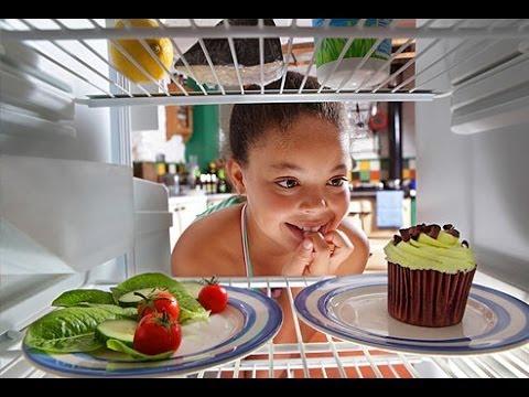 نه ماده غذایی که باید از یخچال خود بیرون بیاندازید !
