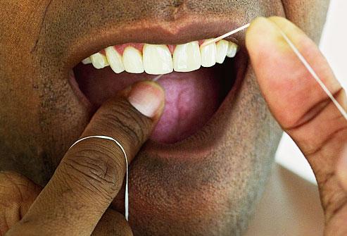 چگونه دندان های سفیدتری داشته باشیم ؟